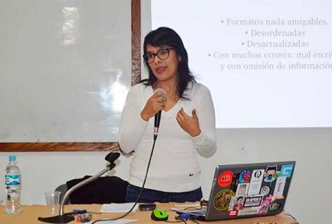 """Nelly Luna, de """"Ojo Público"""", dictó taller de la Fundación Mohme en Cajamarca"""