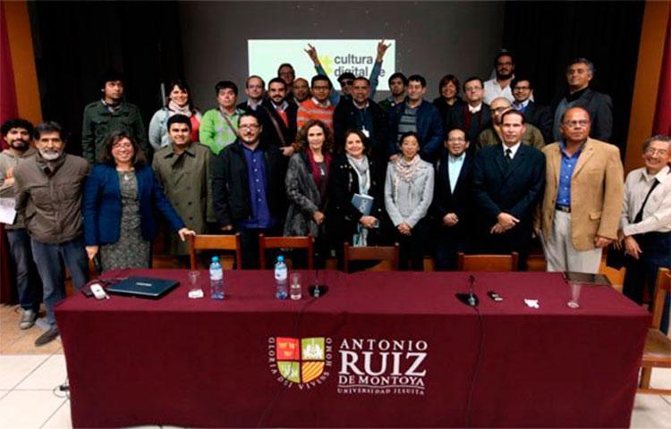 Abriendo la caja: Desafíos y oportunidades de la Sociedad de la Información en el Perú
