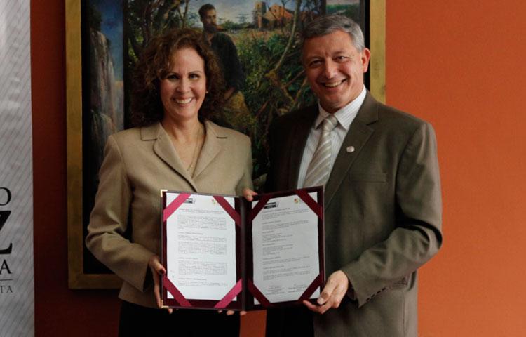Fundación Gustavo Mohme Llona y Universidad Antonio Ruiz de Montoya firman convenio