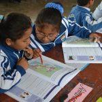 """Crónica escolar: Una mirada a """"Nuestro País"""""""